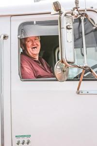 toothless-trucker